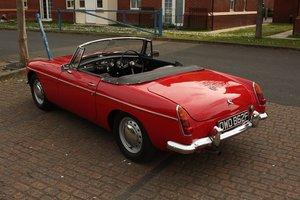 Picture of 1968 Mk1 MGB Roadster - Tartan Red, Disc Wheels - Older Resto SOLD