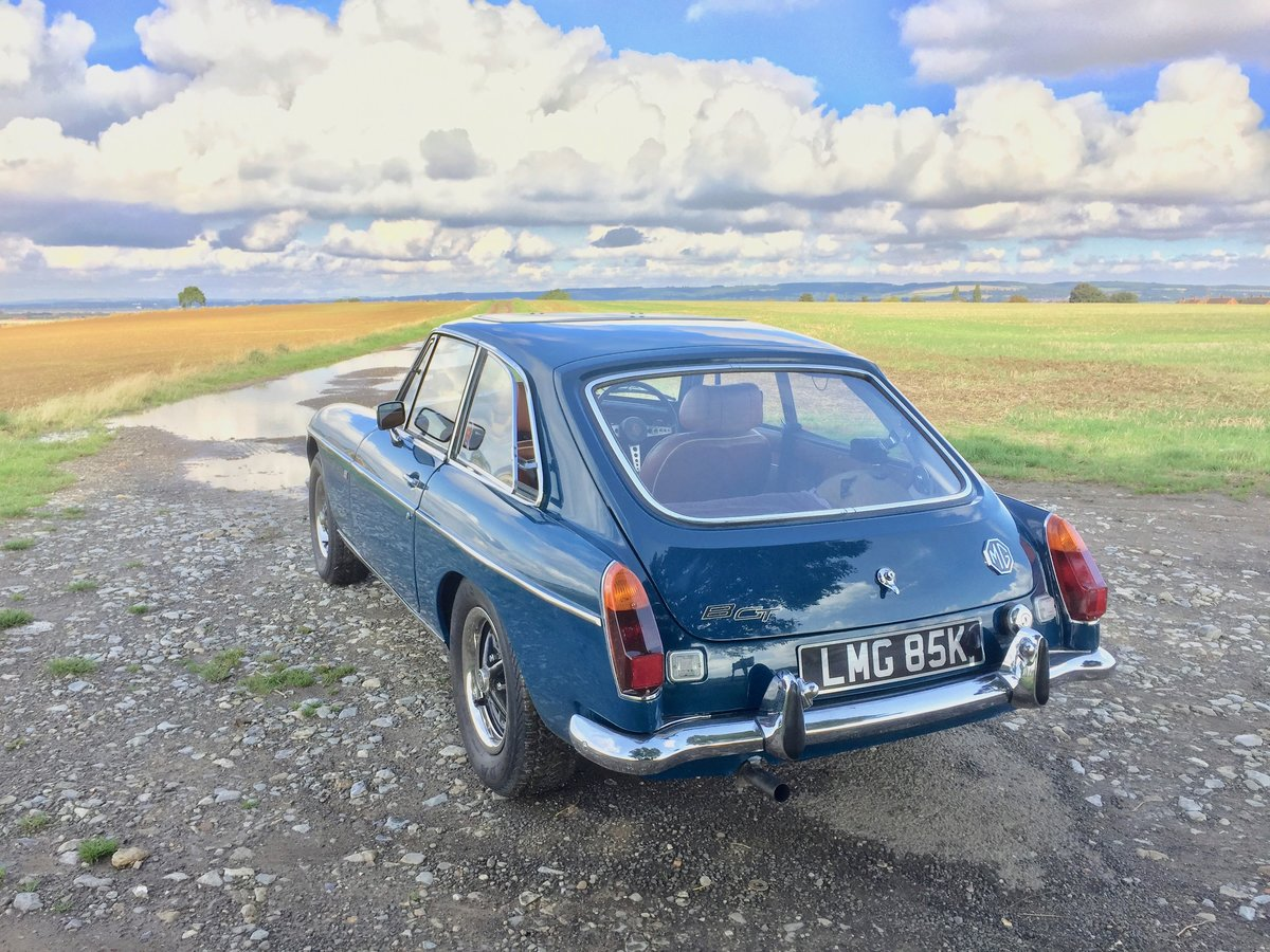 1972 MG B GT - recent restoration -  For Sale (picture 3 of 6)