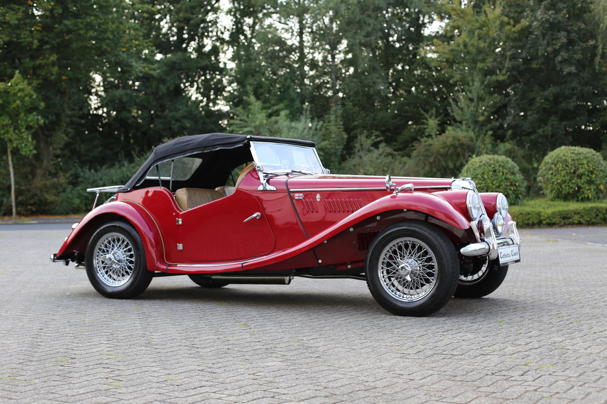 1954 A delightful, completely restored MG TF 1250 Midget For Sale (picture 1 of 6)