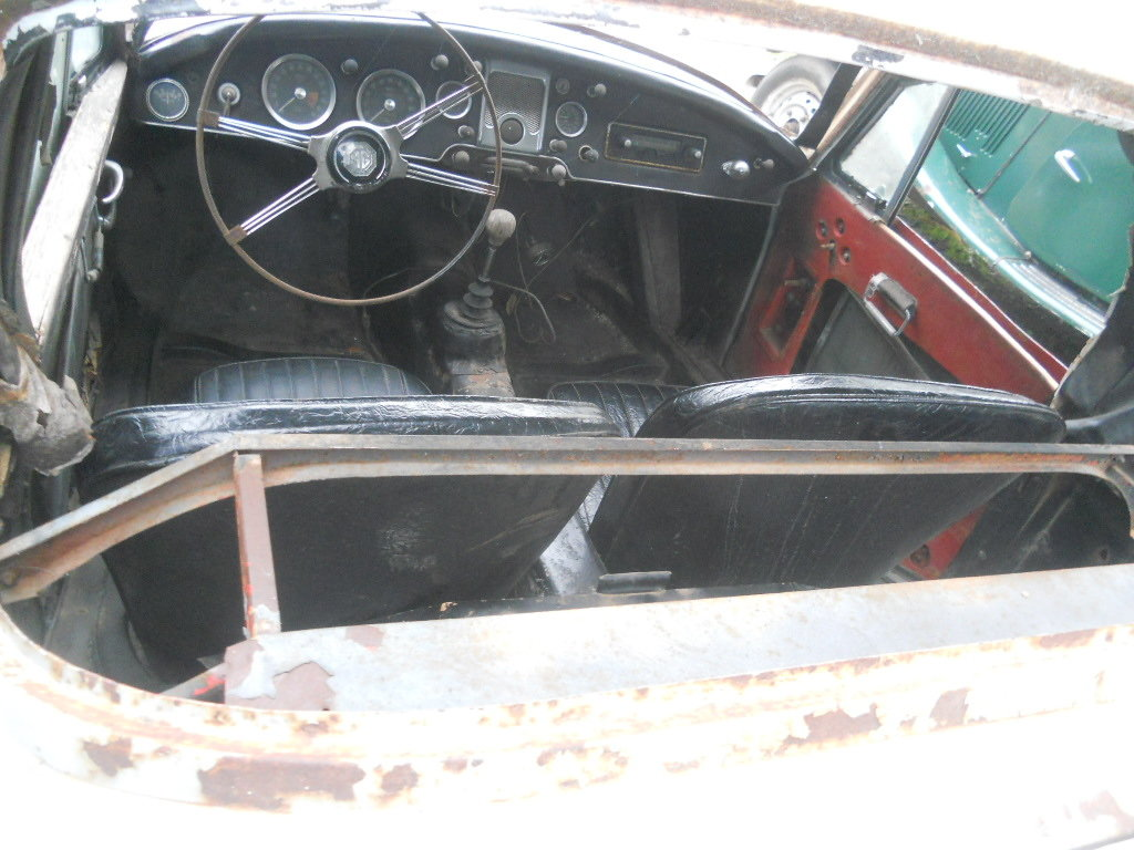1957 MGA Coupe US Import Rust Free for Restoration  SOLD (picture 4 of 6)