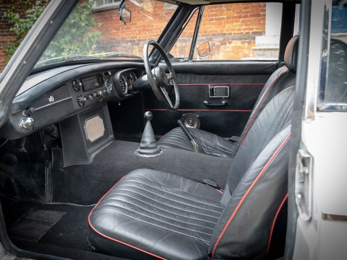 MGB GT 1970 For Sale (picture 6 of 24)