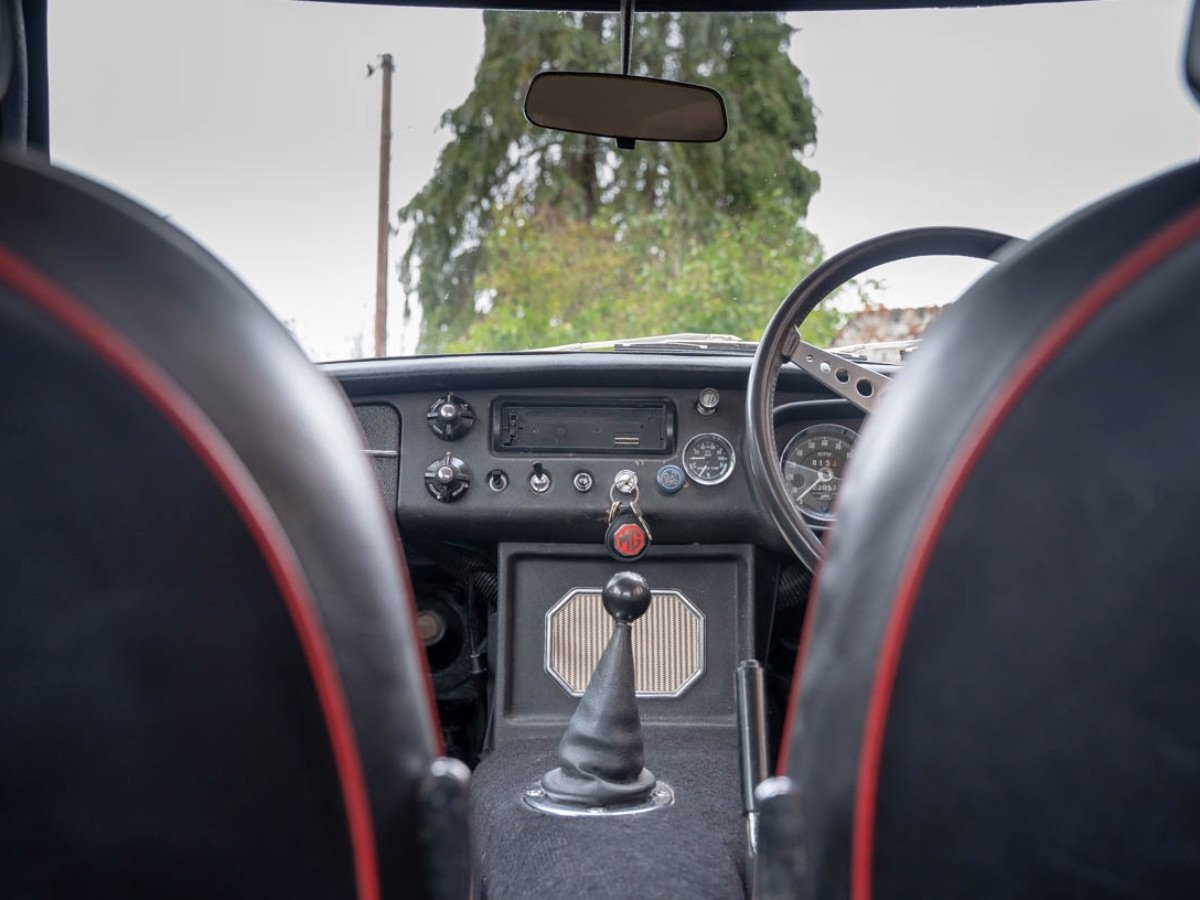 MGB GT 1970 For Sale (picture 11 of 24)
