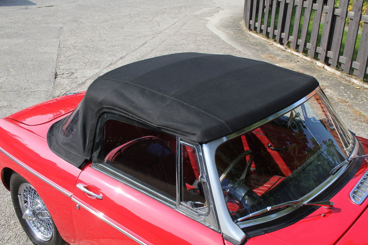 1965 MGB Roadster, Fully rebuilt Home Market RHD example For Sale (picture 17 of 17)