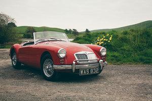 MGA 1960  1600cc Chariot red