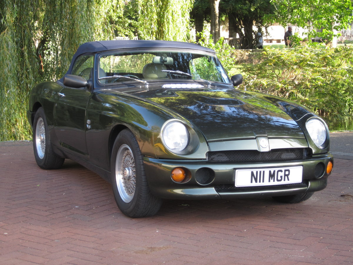 1996 Low Mileage MG RV8. Exceptional Condition. Power Steering. For Sale (picture 1 of 6)