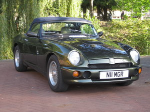 Low Mileage MG RV8. Exceptional Condition. Power Steering.