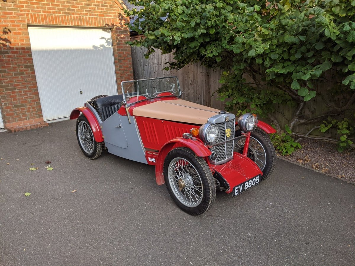 1932 MG J2 Cycle Wings - Ford Engine & Gearbox For Sale (picture 1 of 6)