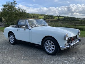 Lovely Heritage Shell Round Arch MG Midget in Herefordshire