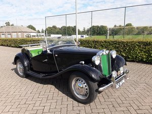 Picture of MG TD CABRIO 1953 black/green dutch license 24900 euro SOLD