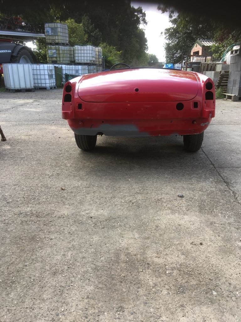 1968 MGB Roadster Shell. For Sale (picture 3 of 6)