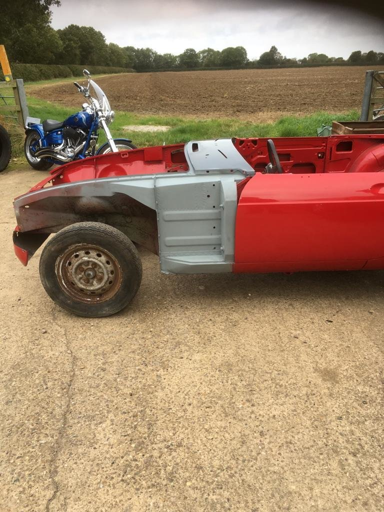 1968 MGB Roadster Shell. For Sale (picture 6 of 6)