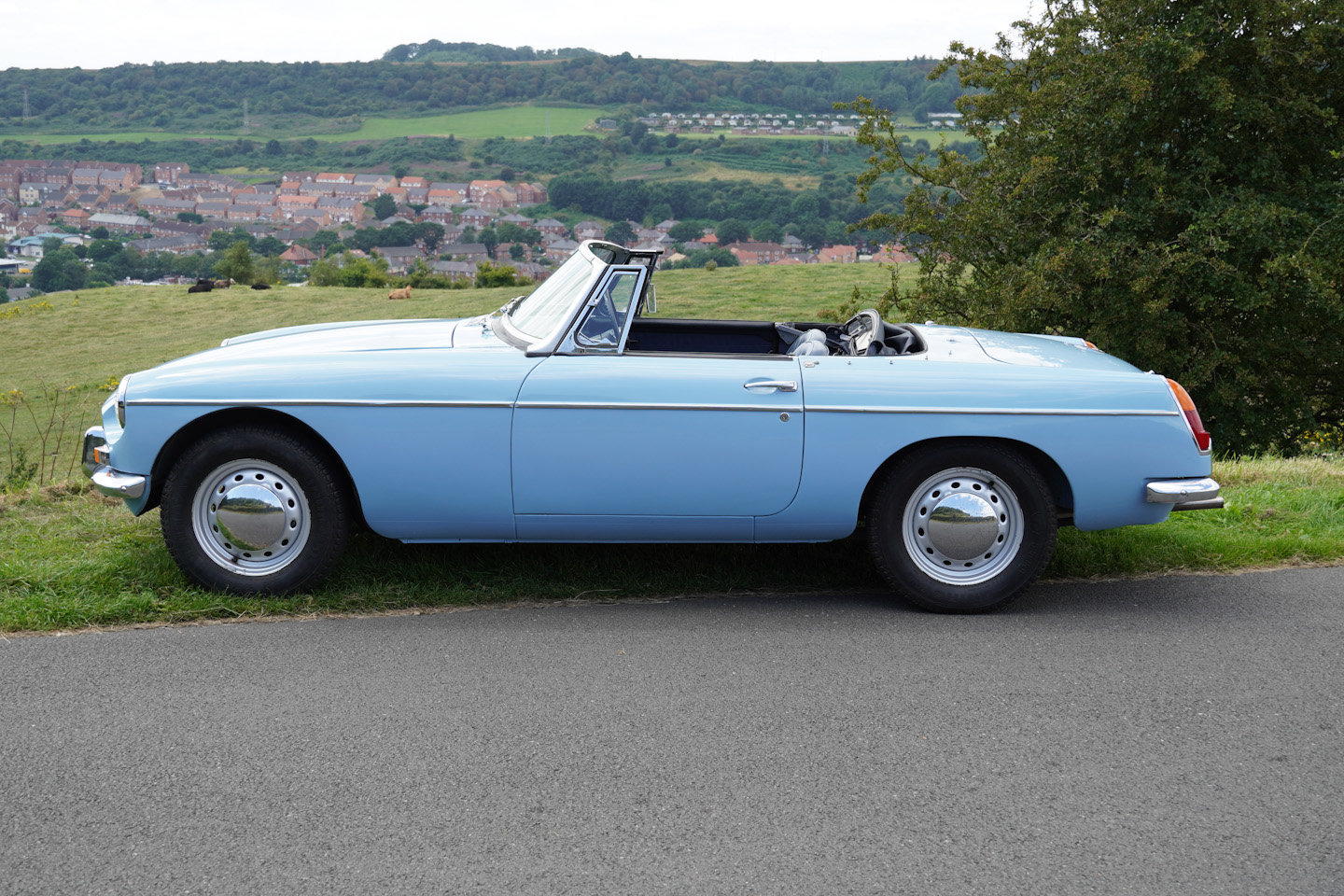 1963 MGB Roadster - Ex Southern California Car For Sale (picture 8 of 10)