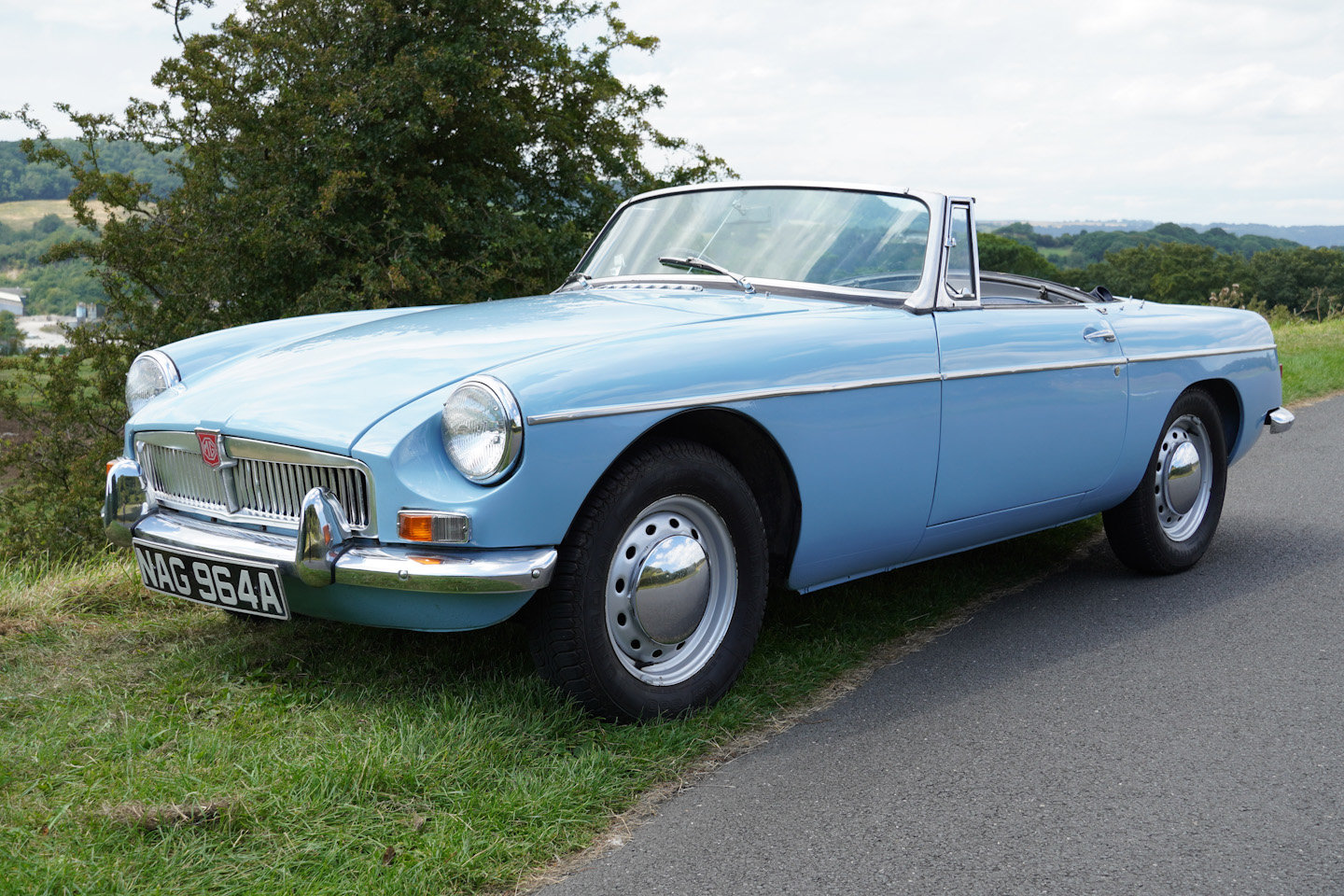 1963 MGB Roadster - Ex Southern California Car For Sale (picture 9 of 10)
