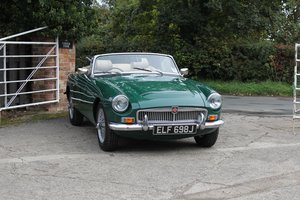 Picture of 1970 MGC Roadster - University Motors