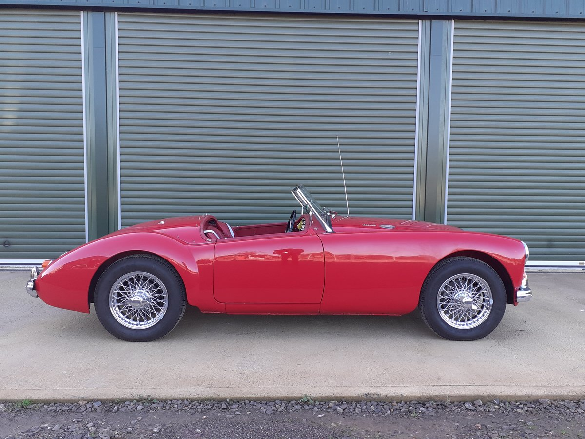 1961 MG MGA MKII Roadster 1600 For Sale (picture 2 of 6)
