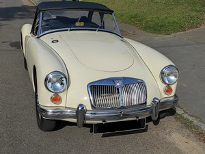 Picture of 1961 MGA MK1 1600 DE LUXE ROADSTER