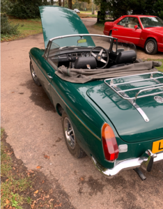 Picture of 1976 MGbgt roadster