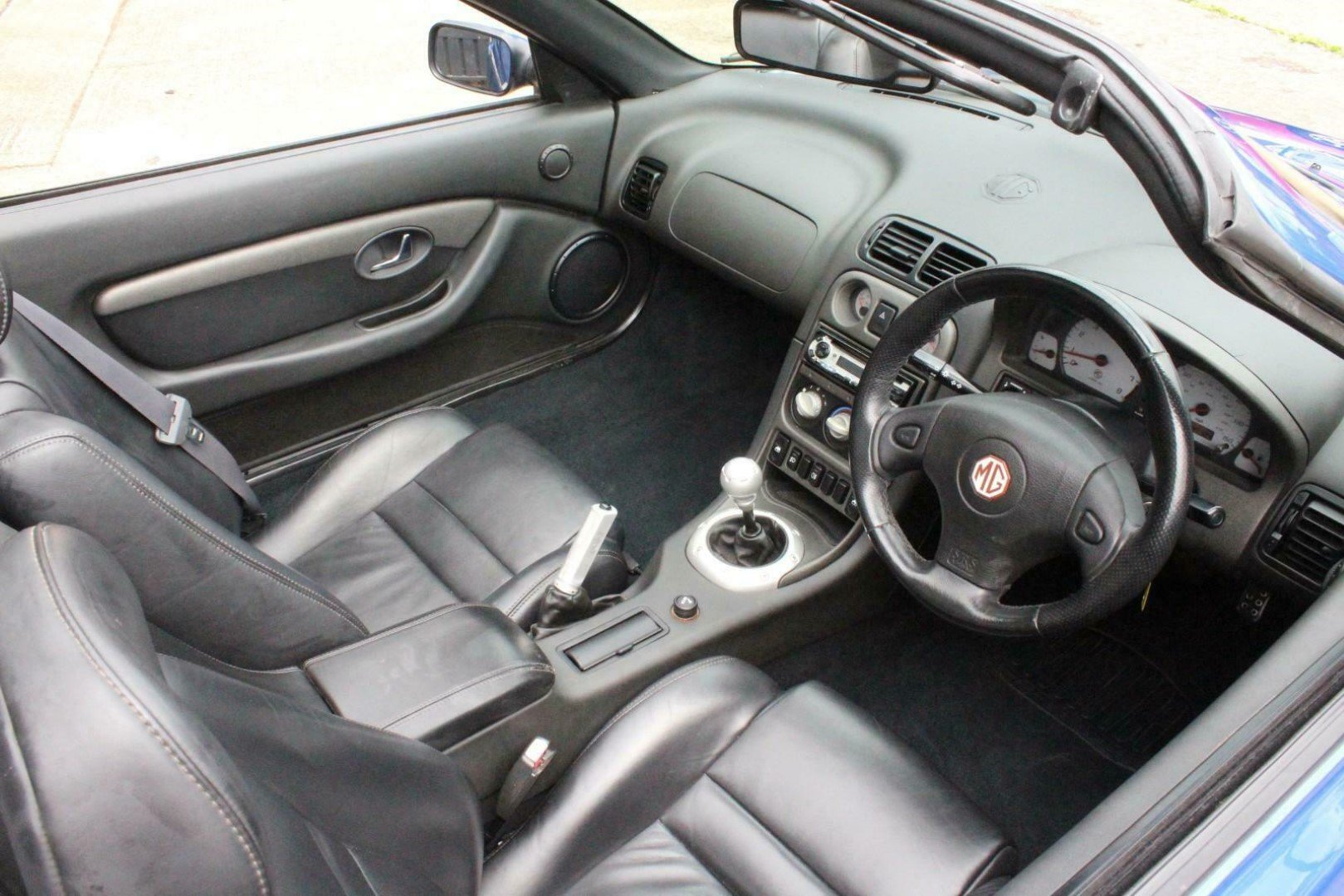 2003 MGTF 160,RARE COLOUR,OXFORD LEATHER,NEW HEADGASKET, For Sale (picture 3 of 6)