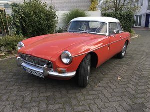 Picture of 1963 Very early LHD MGB