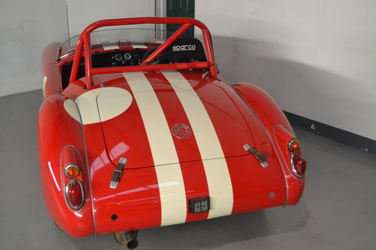 1960 MGA 1600 Roadster FIA race car For Sale (picture 3 of 6)
