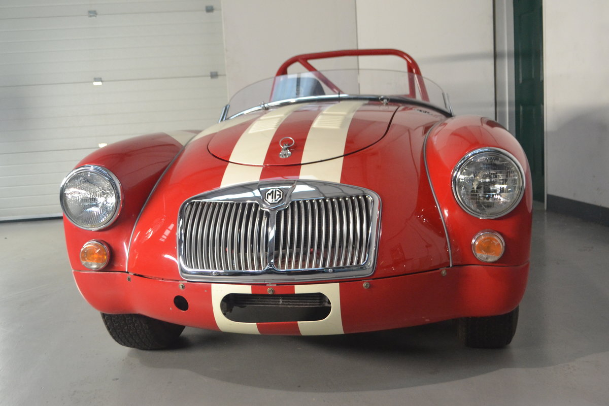 1960 MGA 1600 Roadster FIA race car For Sale (picture 4 of 6)