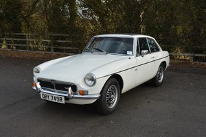 Picture of 1976 MG B GT V8