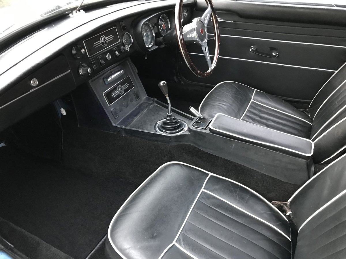 1963 MGB Roadster, Pull Handle, Wire Wheels, O/D For Sale (picture 5 of 6)
