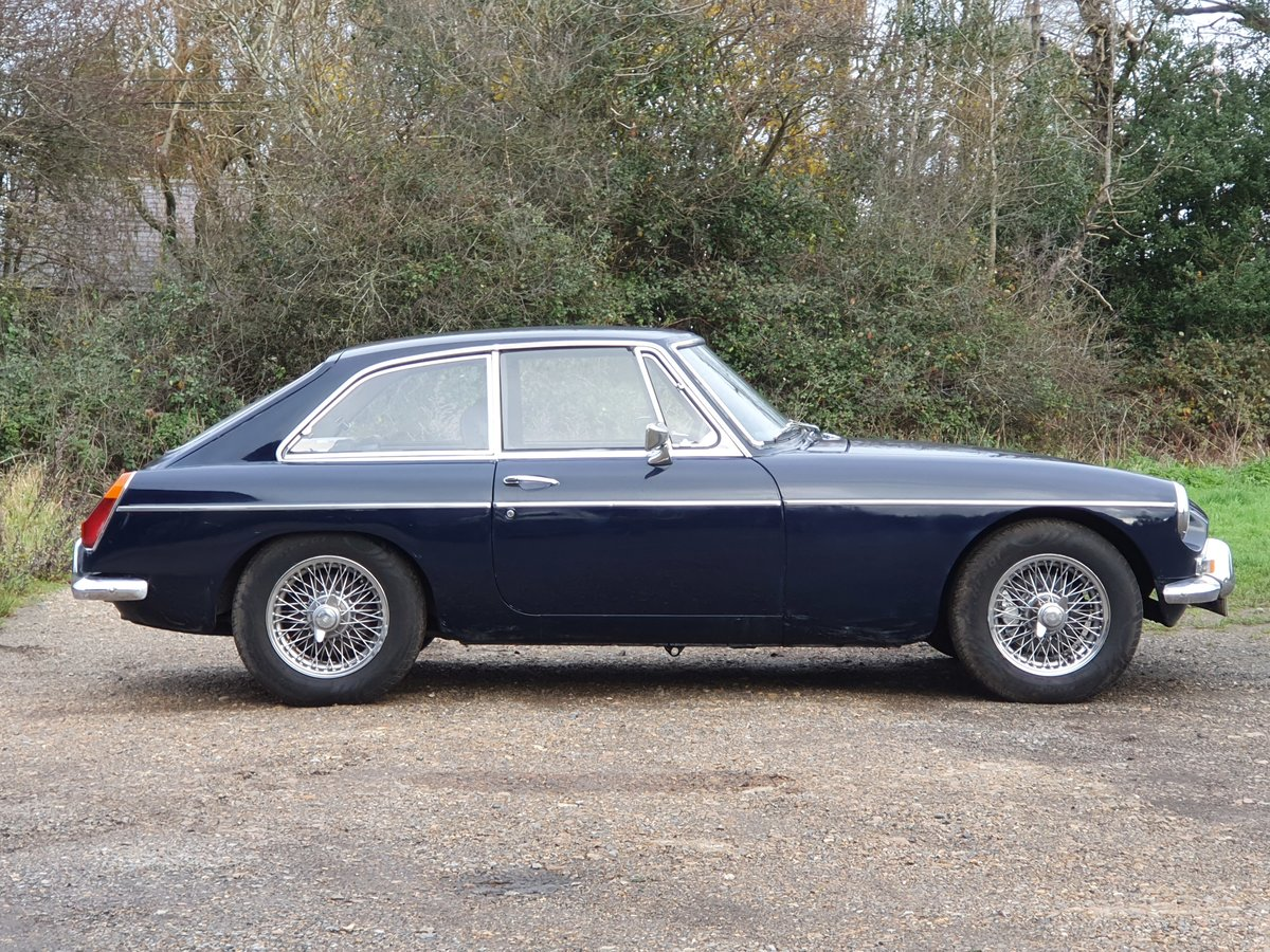 MG B GT, 1971, Midnight Blue For Sale (picture 2 of 4)