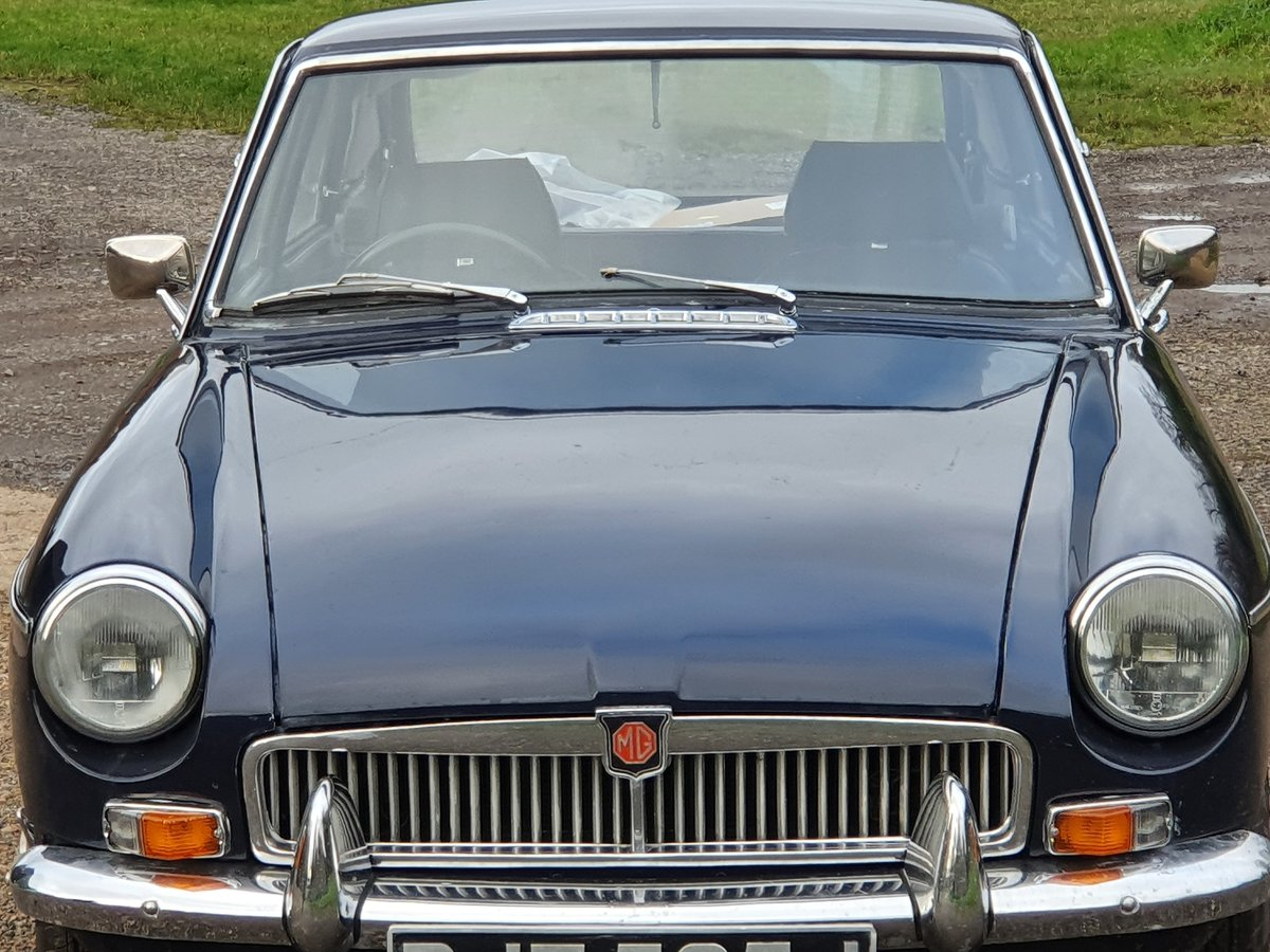 MG B GT, 1971, Midnight Blue For Sale (picture 3 of 4)