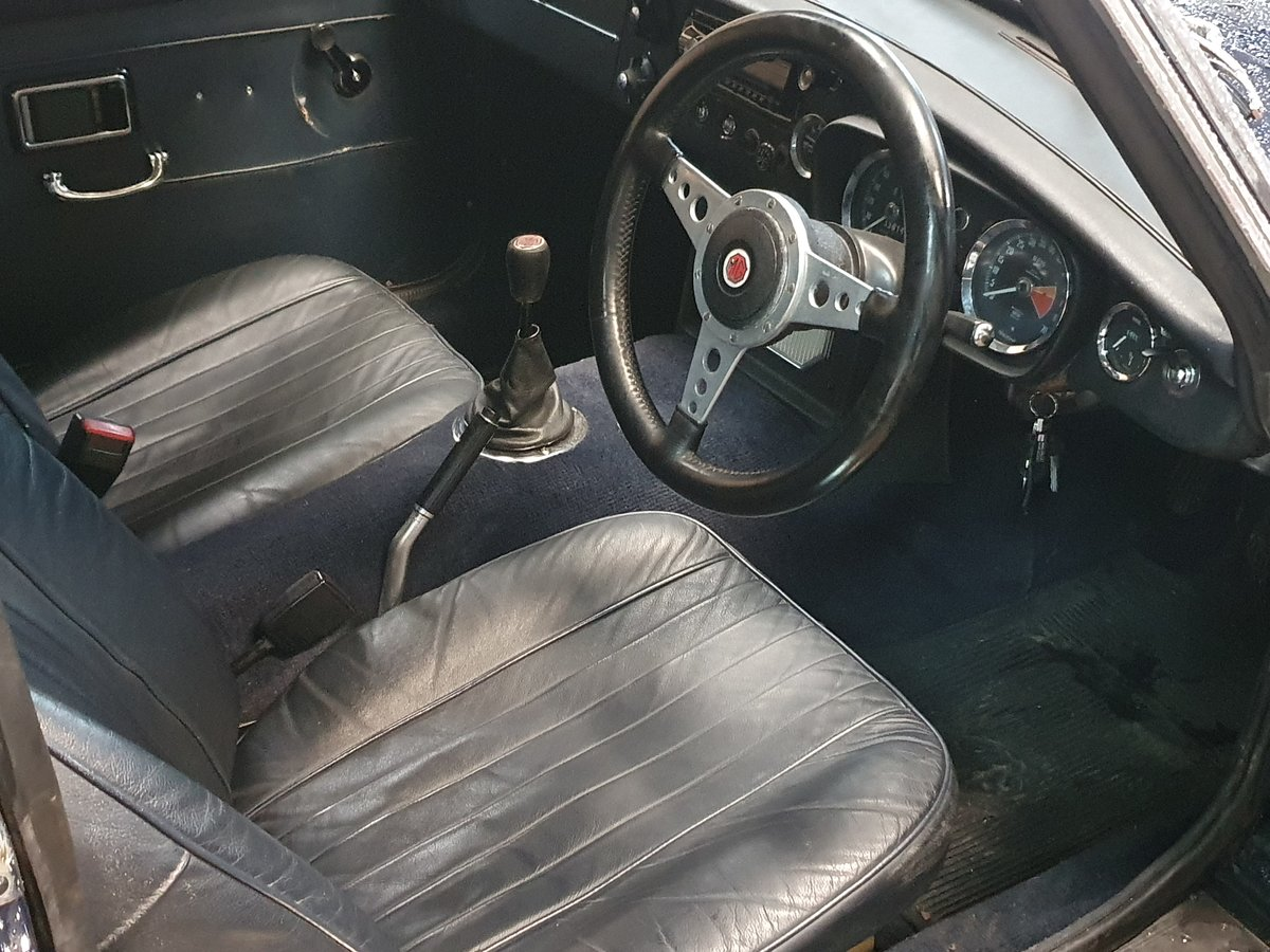 MG B GT, 1971, Midnight Blue For Sale (picture 4 of 4)