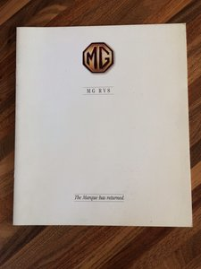MG R V8 brochure
