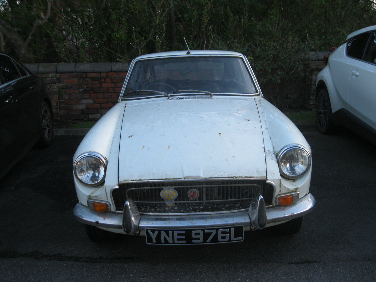 Picture of 1972 MG BGT For Sale