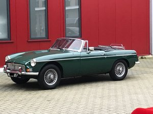 Picture of Very good classic MGB Roadster 1967 (RHD) For Sale