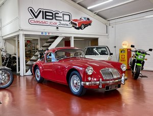 Picture of 1957 MGA 1500 Coupe // UK Car // Full Photographic Restoration For Sale