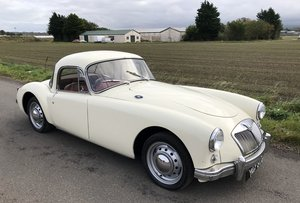 Picture of 1956 MGA 1500 Coupe SOLD