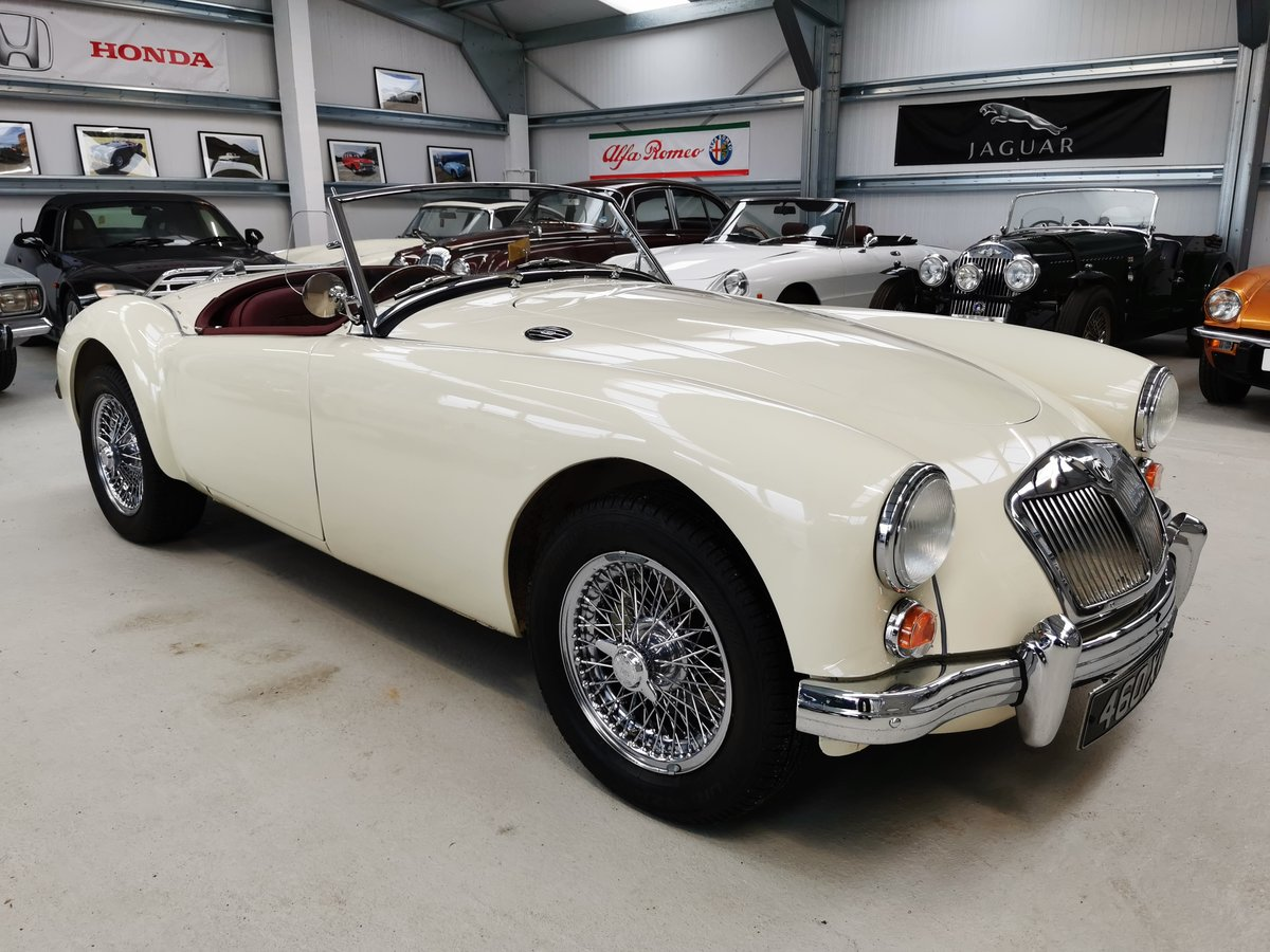 MGA Roadster 1800cc 5 Speed Box *TOP SPEC*