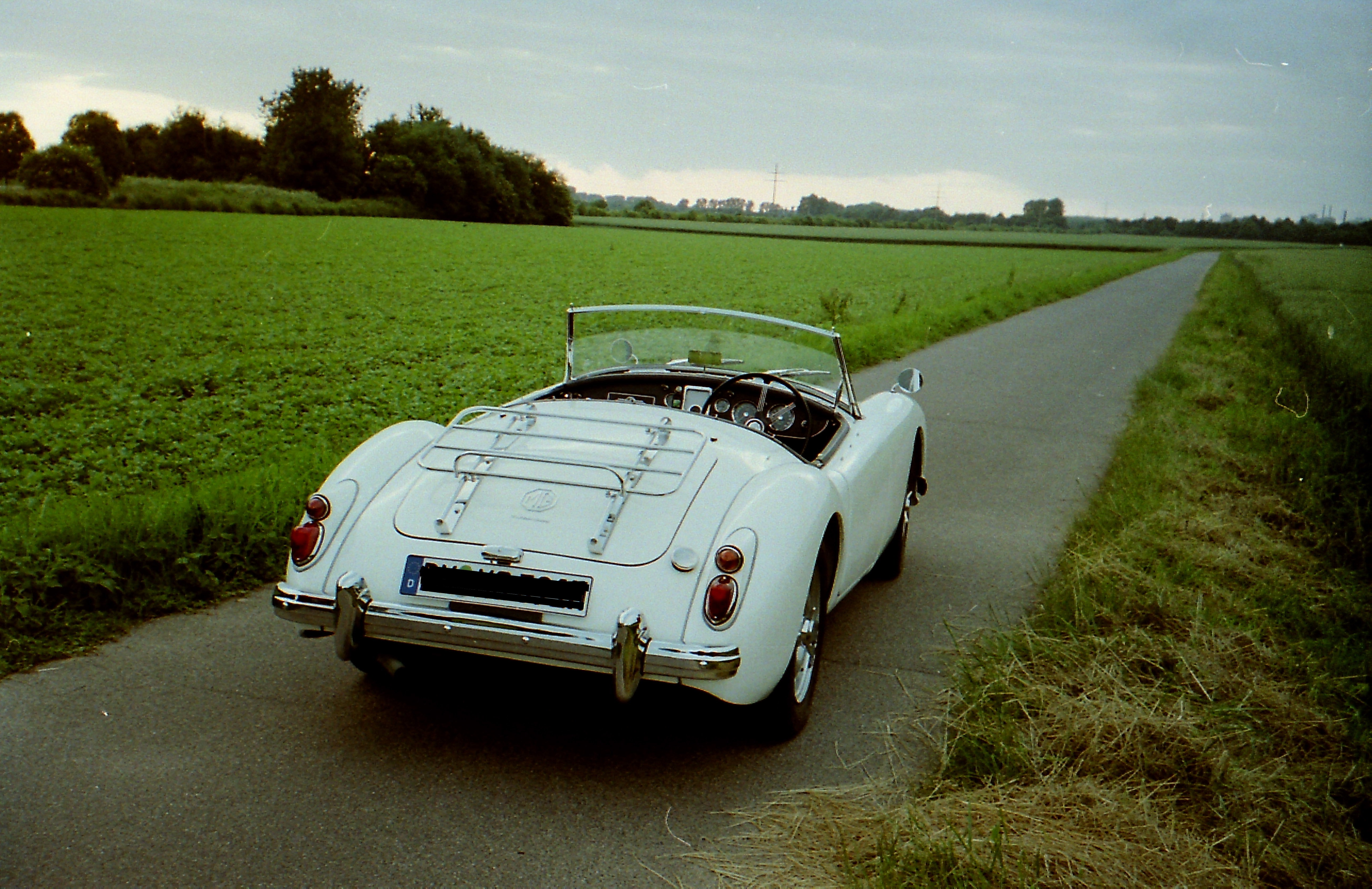 1959 MGA Twin Cam Right Hand Drive Convertible For Sale (picture 5 of 7)