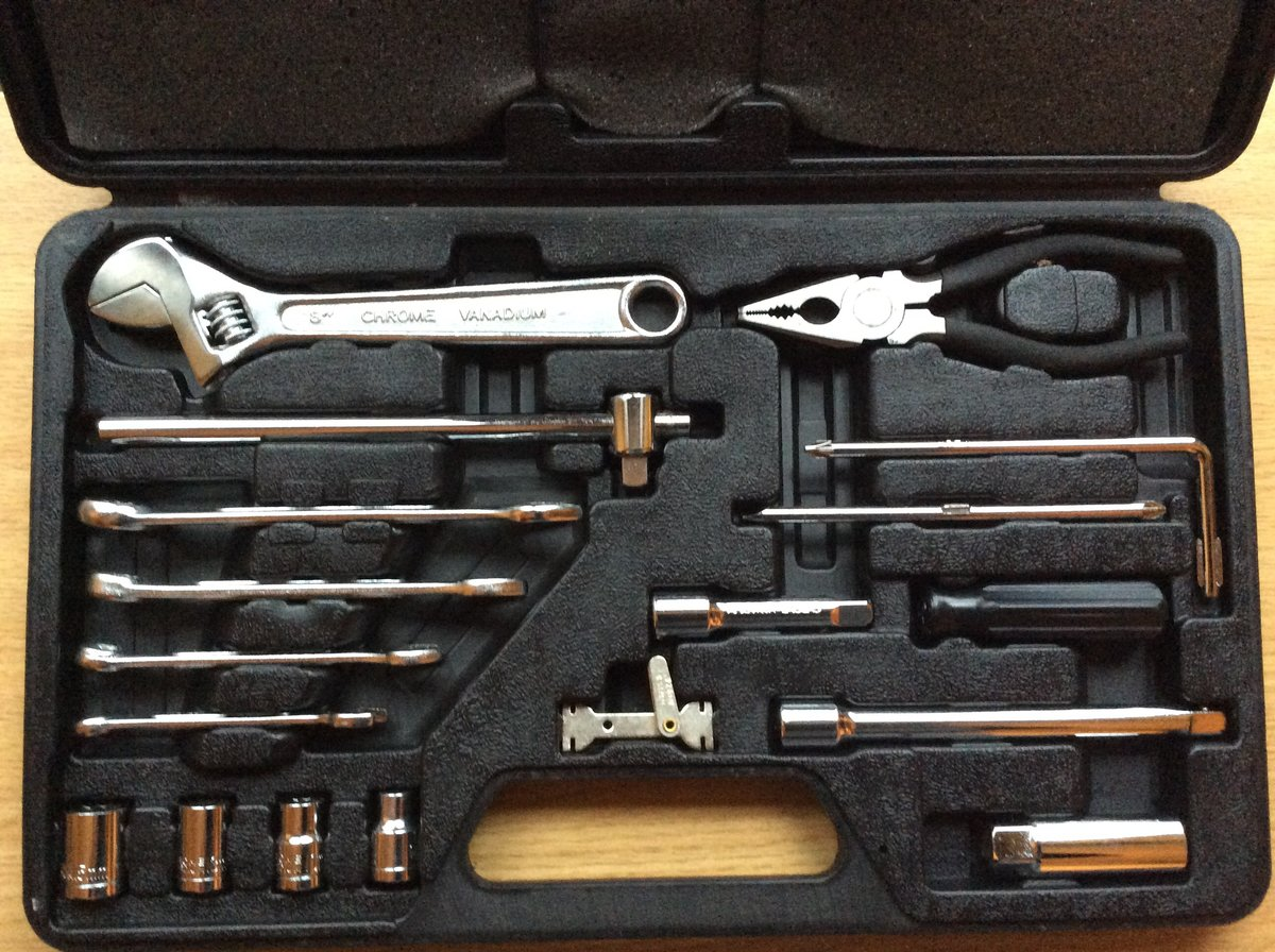 1995 Like new MG F/TF Tool KIT For Sale (picture 3 of 3)