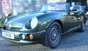 Picture of 1994  MG RV8 Roadster, Exceptional condition