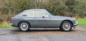 MG B GT, 1970, Grampian Grey