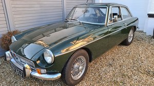 Picture of 1971 MGB GT in Dark BRG with chrome wires. For Sale