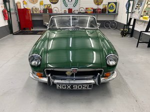 Picture of 1972 MGB Roadster For Sale