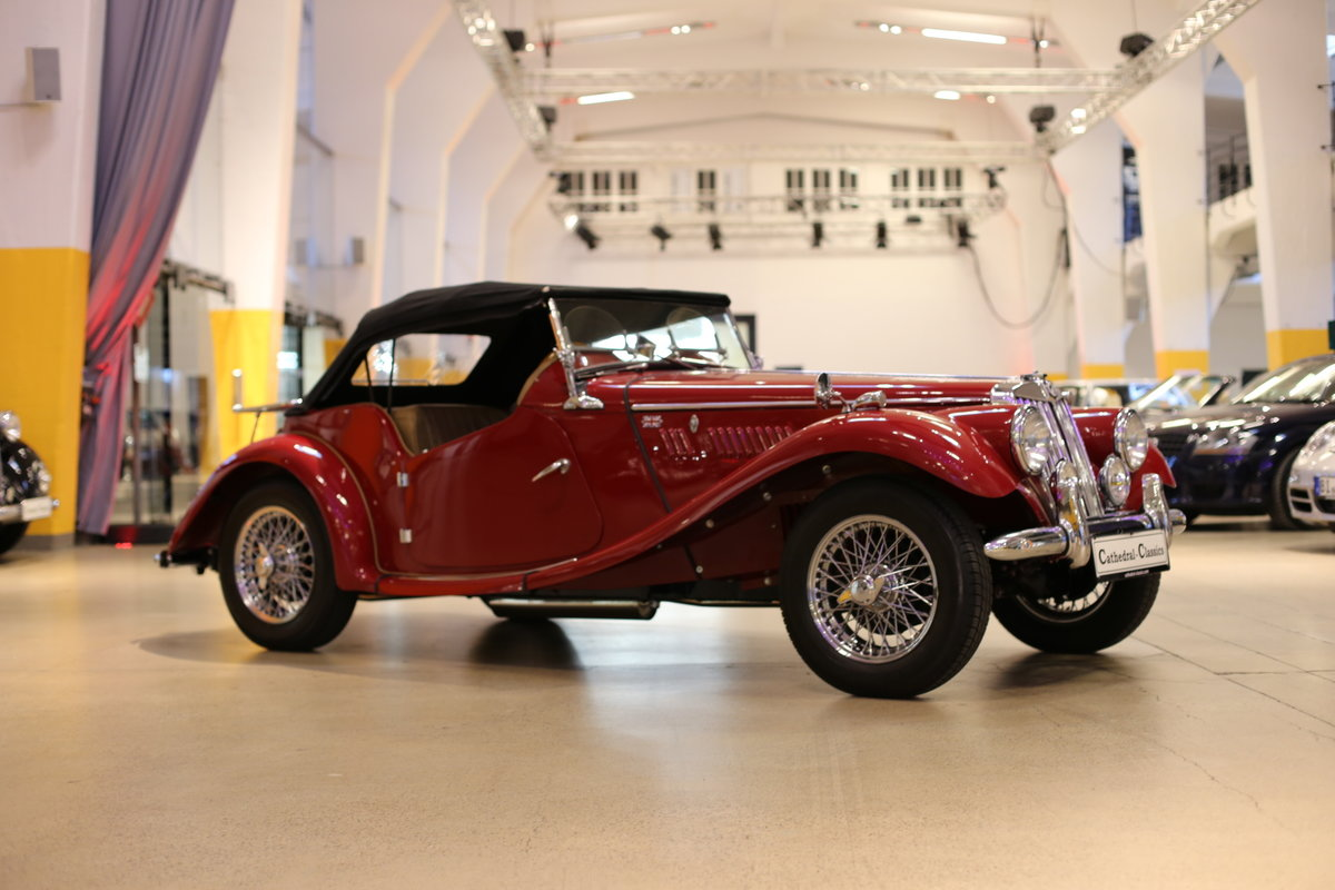 1954 A delightful, completely restored MG TF 1250 Midget SOLD (picture 7 of 12)