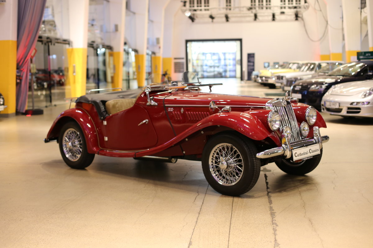 1954 A delightful, completely restored MG TF 1250 Midget SOLD (picture 10 of 12)