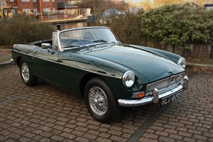 Picture of 1969 MGB Roadster Mk2 - HERITAGE SHELL - BRG, Chrome Wires SOLD