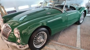 Picture of 1959 MGA Roadster in Racing Green, Finest available For Sale