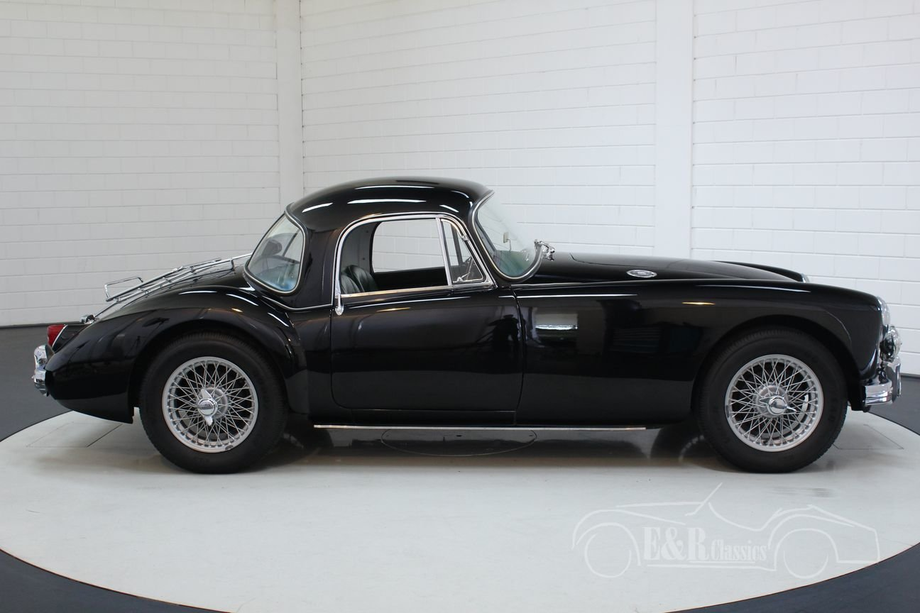 MGA 1500 Coupe 1957 Top condition For Sale   Car And Classic