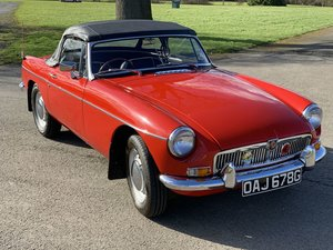 Picture of 1968 MG B ROADSTER Estimate: £12,000 - £15,000 For Sale by Auction