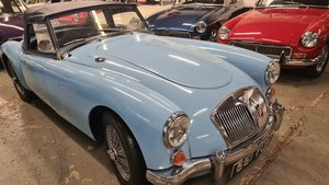 Picture of 1960 MGA 1600 MK1, Show standard build, Iris Blue, 5 speed. For Sale