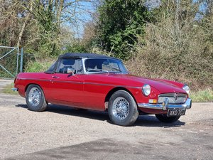 Picture of MG B Roadster, 1970, Damask Red SOLD